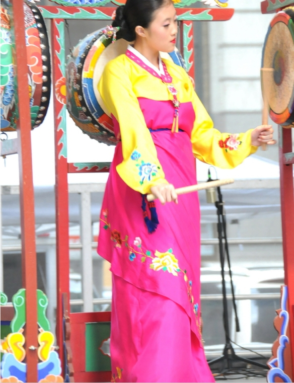 2012 korean parade book chum